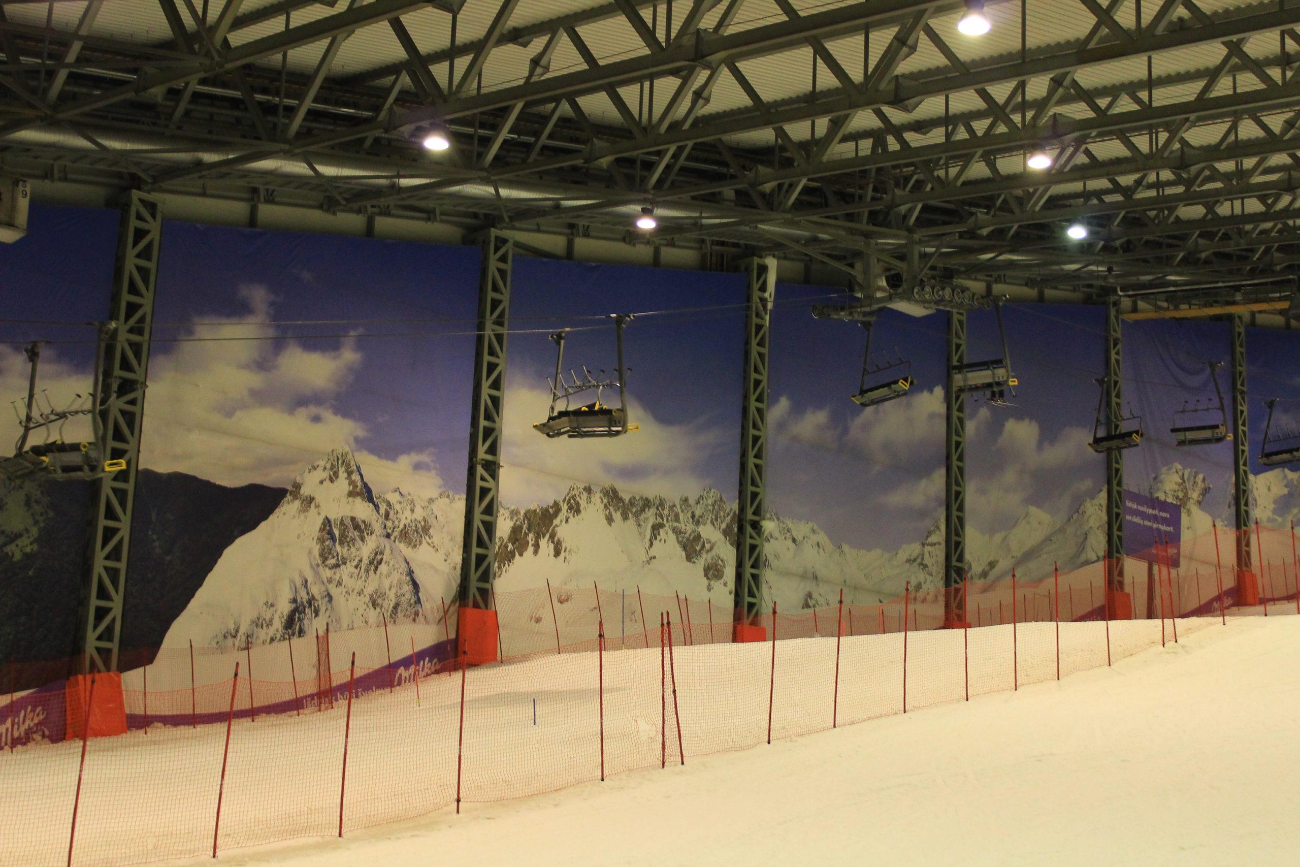 Stok narciarski na hali