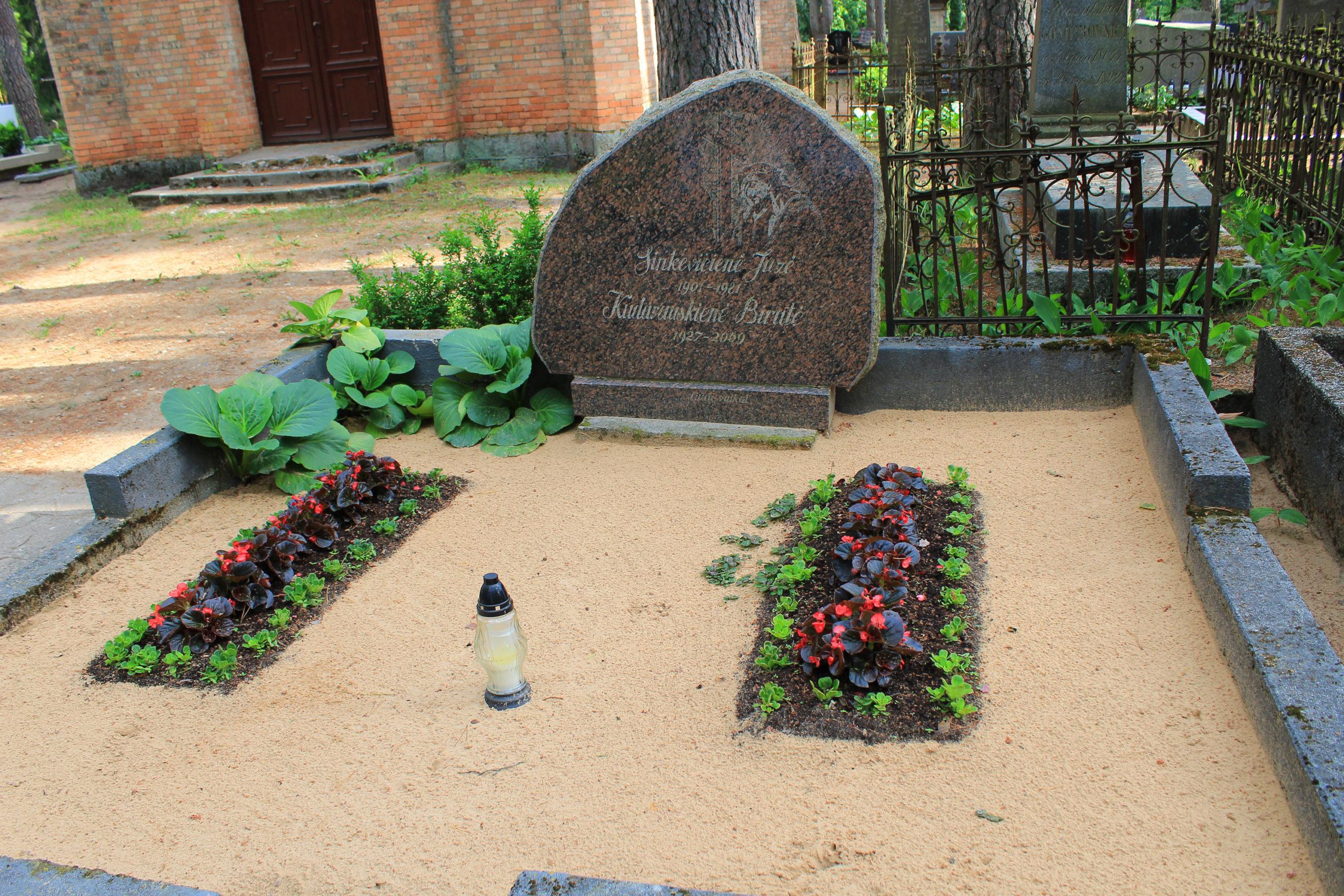 Grobowiec na cmentarzu