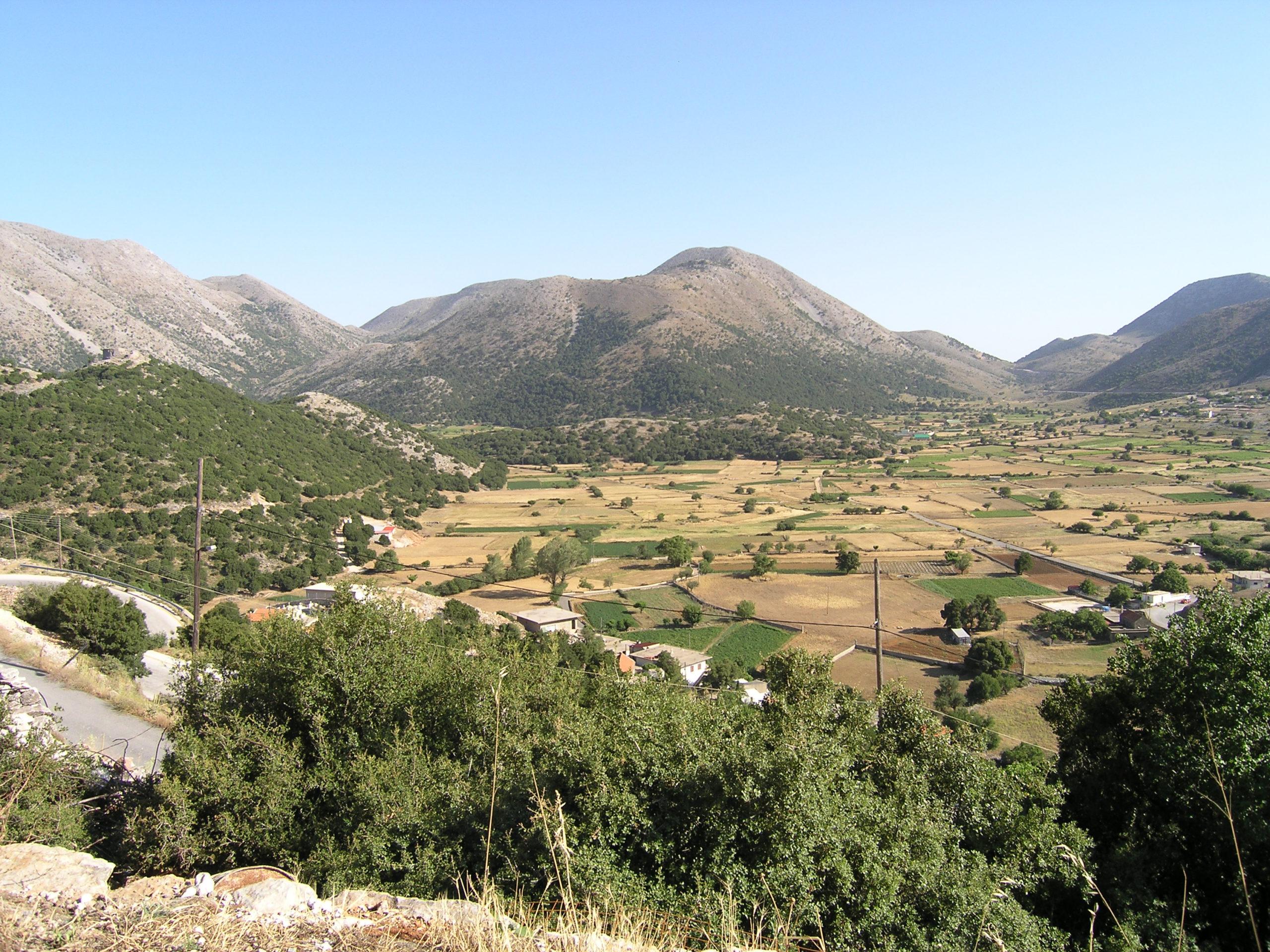 Panorama na pola i góry