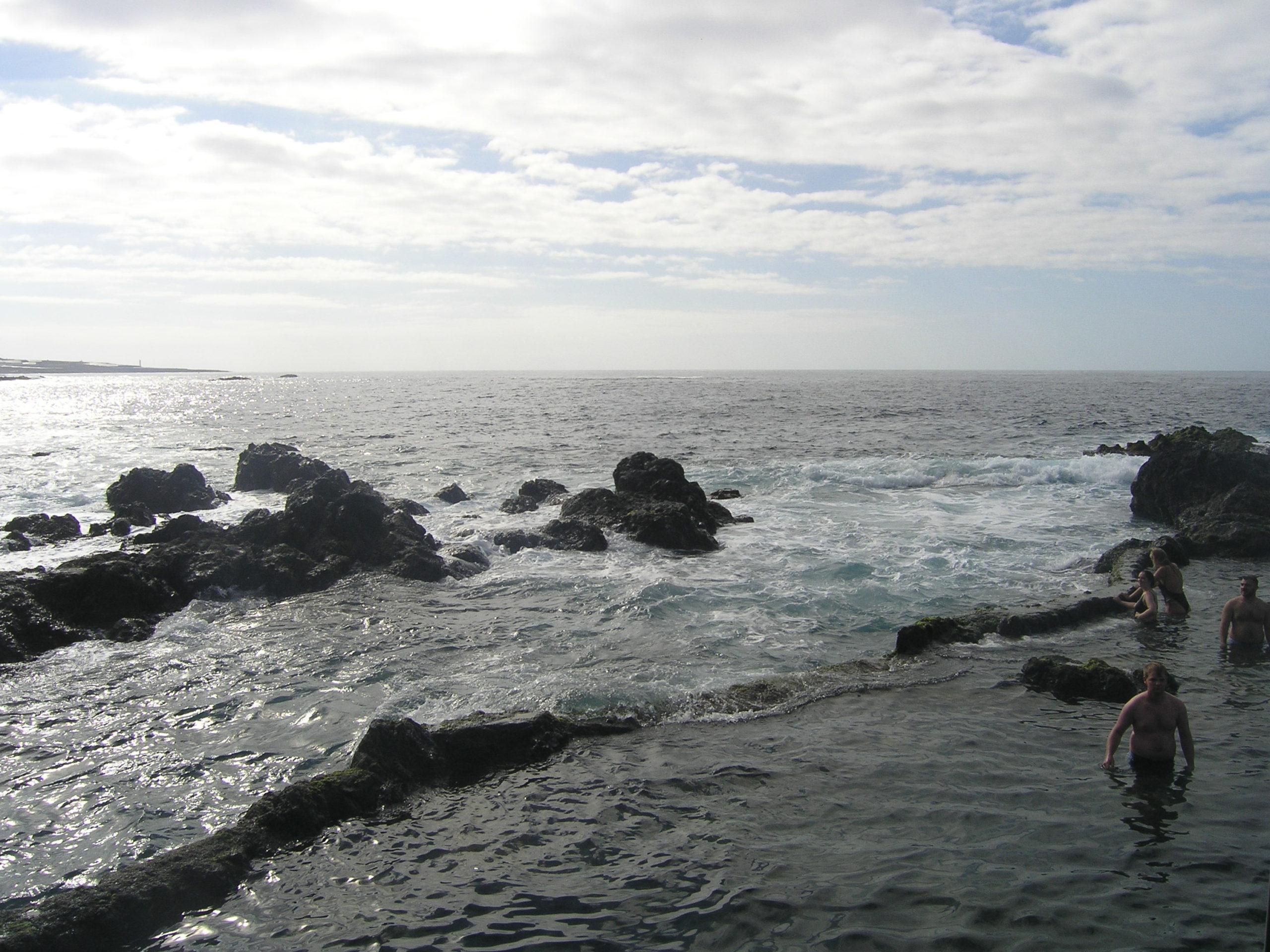 Kąpielisko na brzegu oceanu