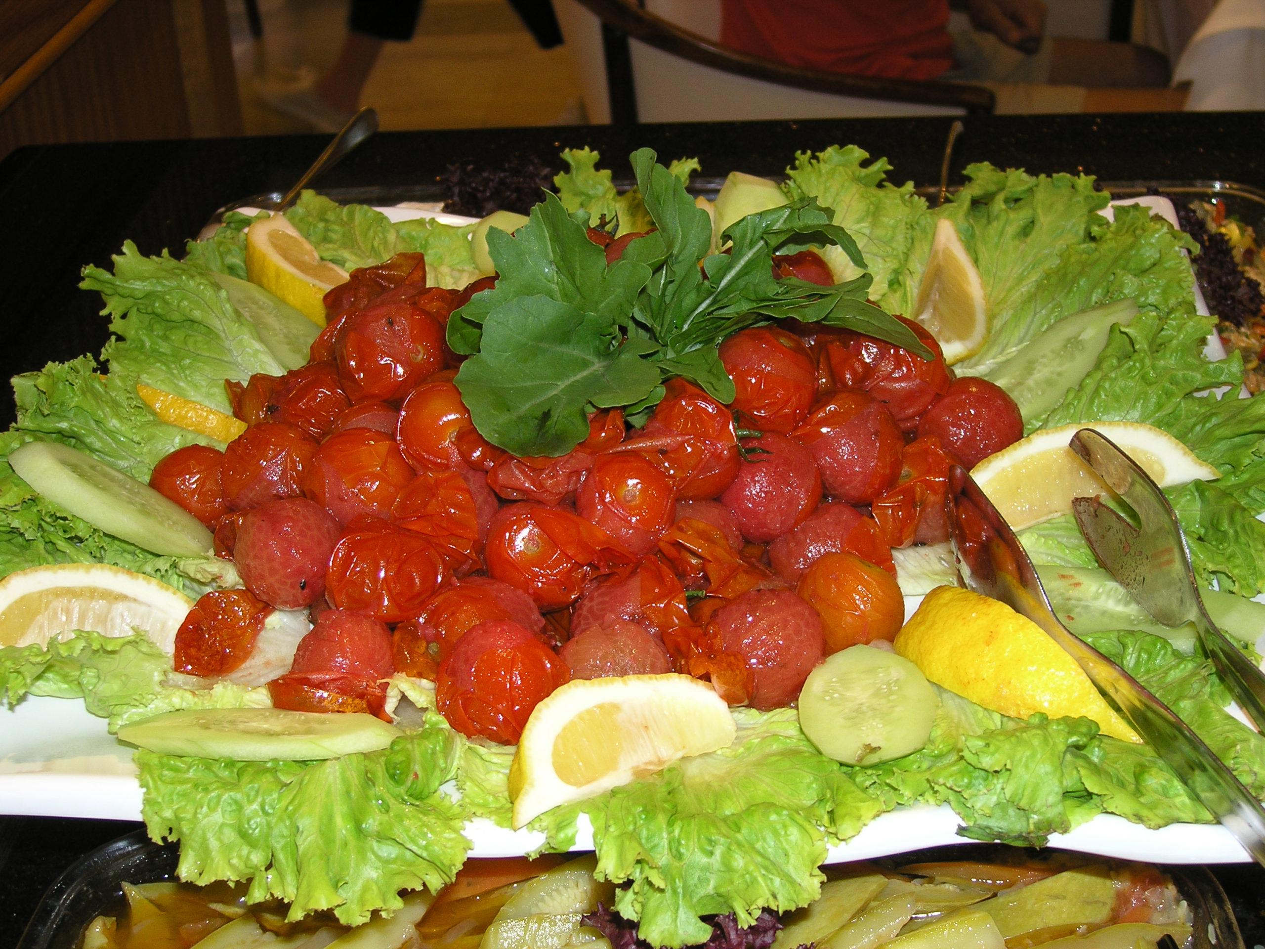 Telesz z pomidorkami