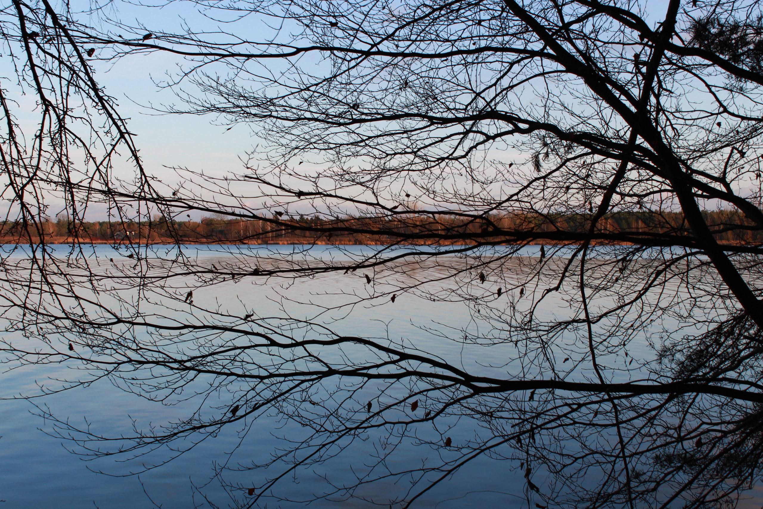 serock widok na jezioro