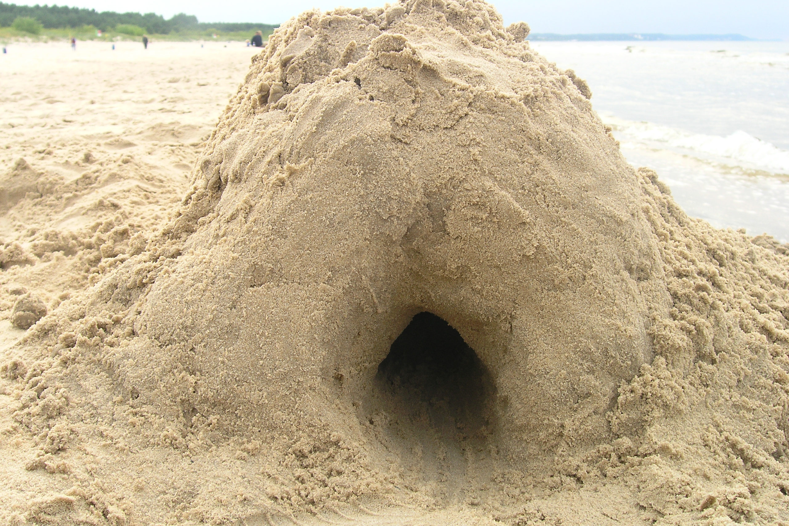 wisełka jaskinia z piasku