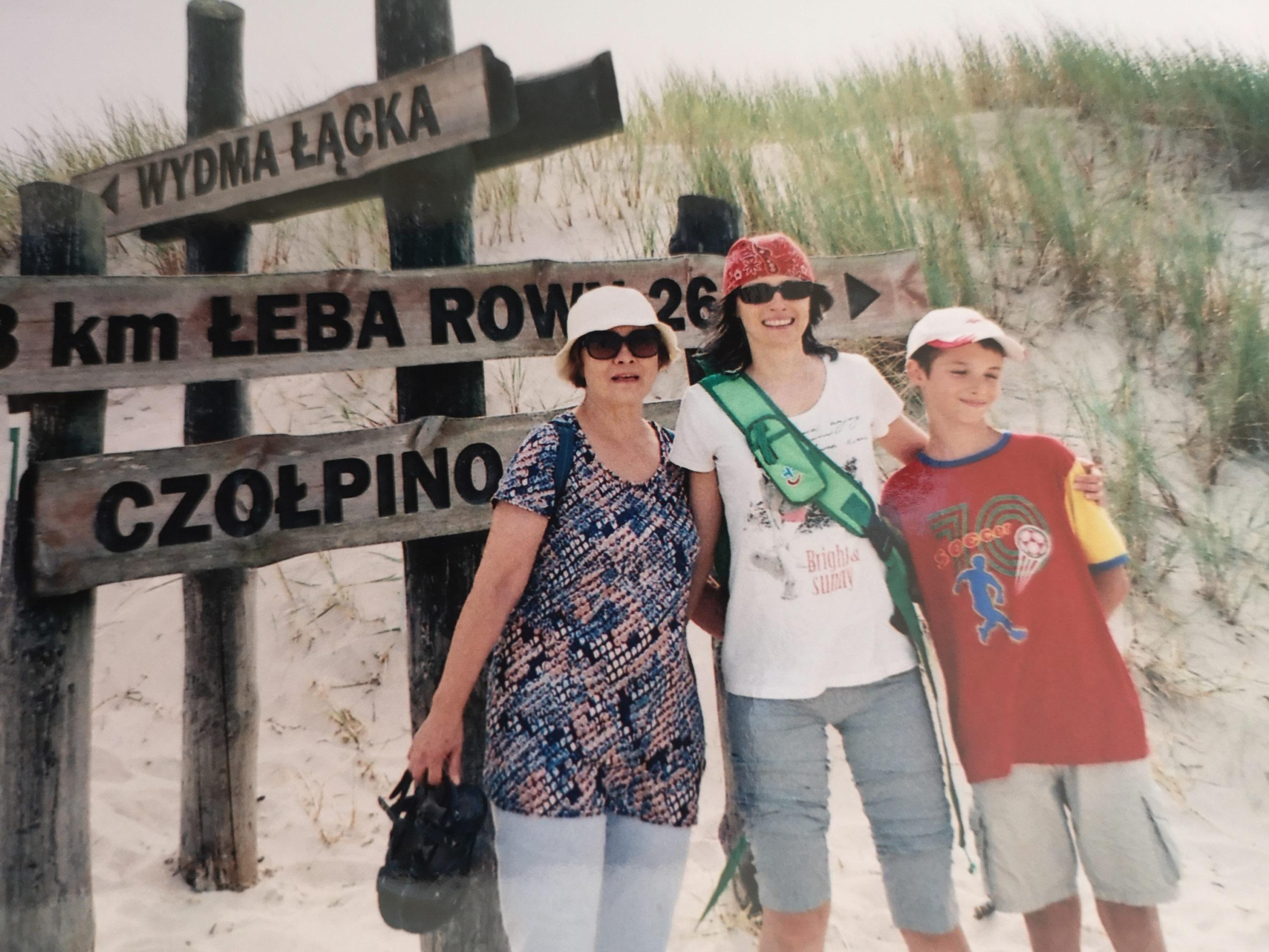 Łeba stare zdjęcie z rodziną