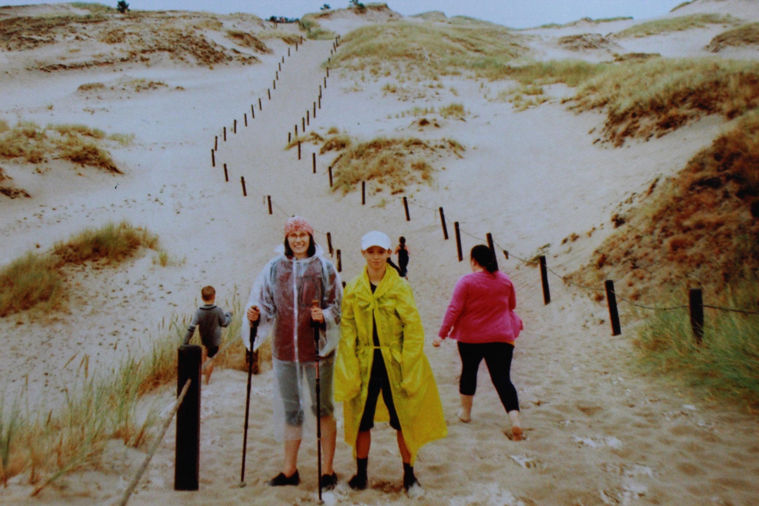 piesza wędrówka wydmami