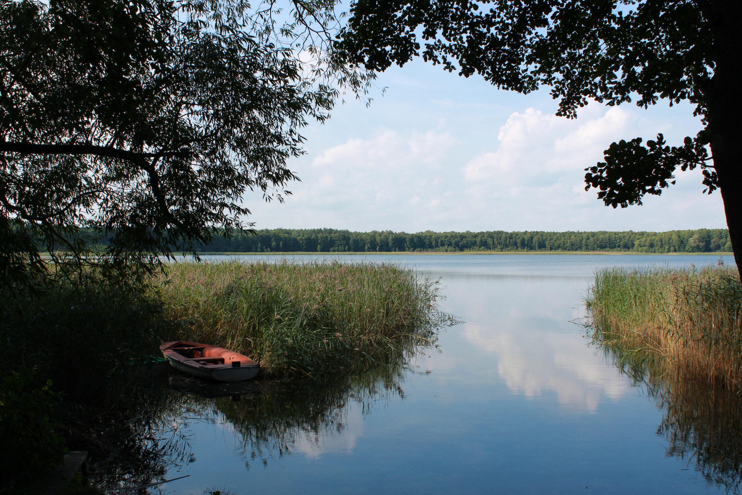 wiek na jezioro